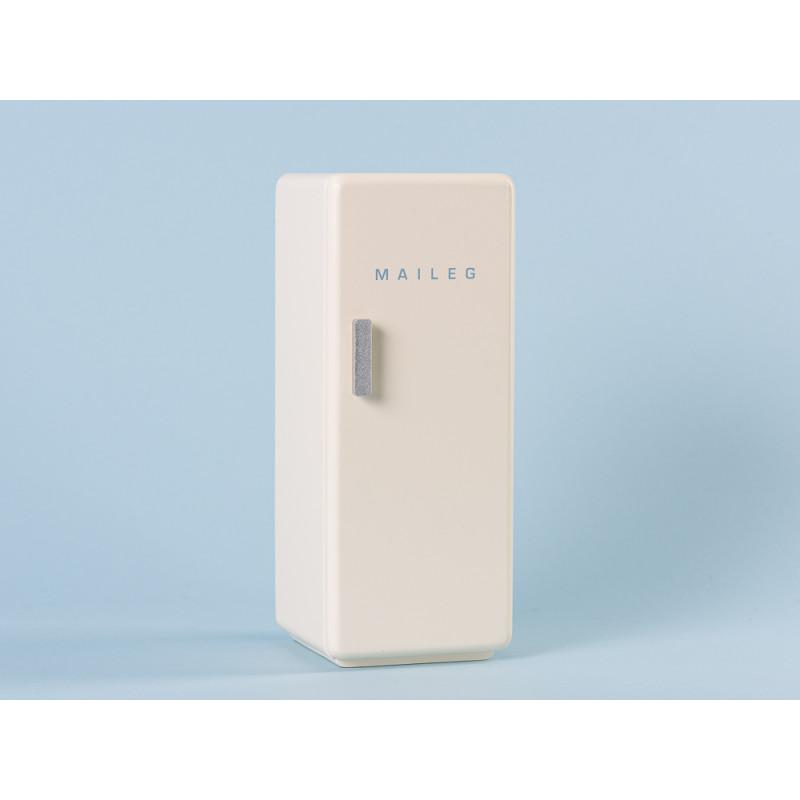 Maileg Kuehlschrank Weiss Miniature COOLER aus Holz 9 x 9 cm 22 cm hoch zum spielen und dekorieren