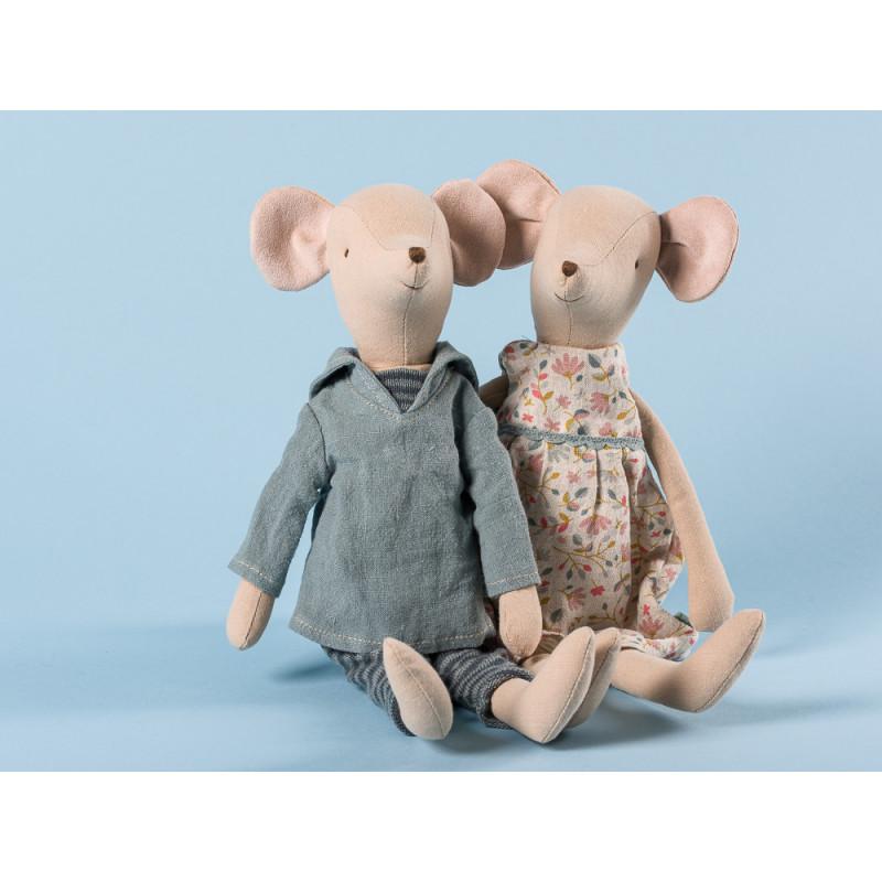 Maileg-Medium-Girl-and-Boy-Matrose-und-Blumenkleid-31-cm