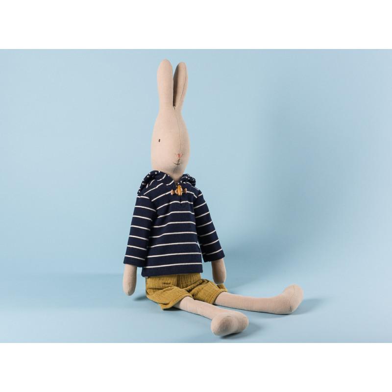 Maileg Rabbit Sailor Size 4 im blauen Seemann Shirt gestreift und gelbe Hose Hase Maritim 63 cm groß zum Sammeln und schenken