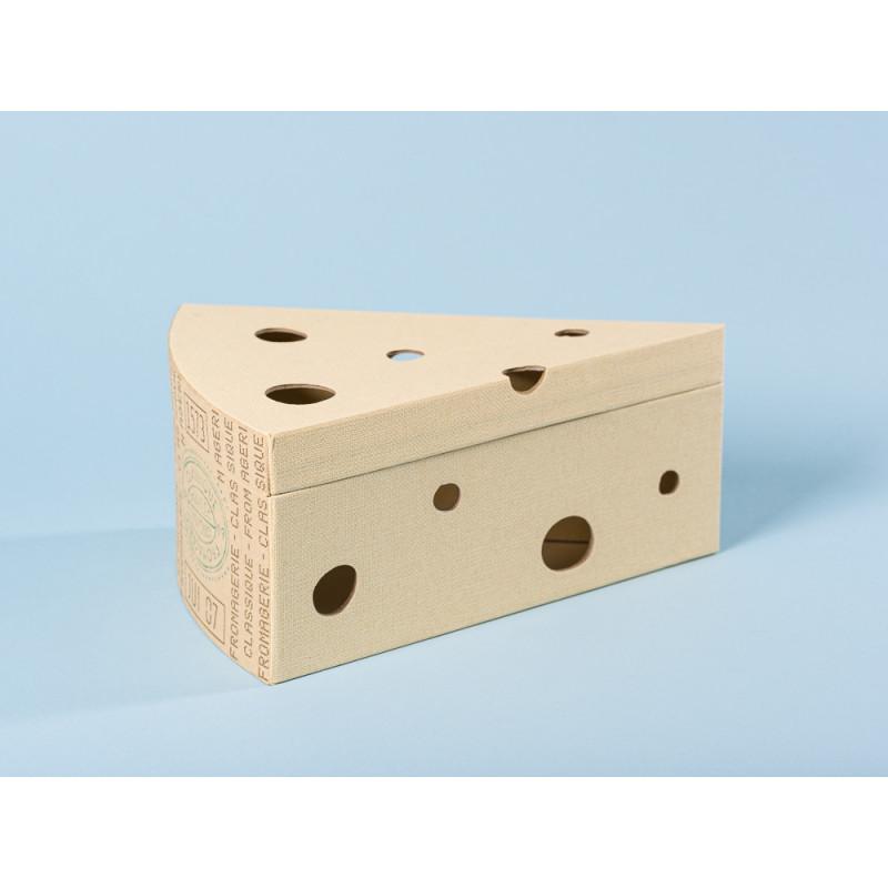 Maileg Ratte grau in Käseschachtel Käse Karton Detail