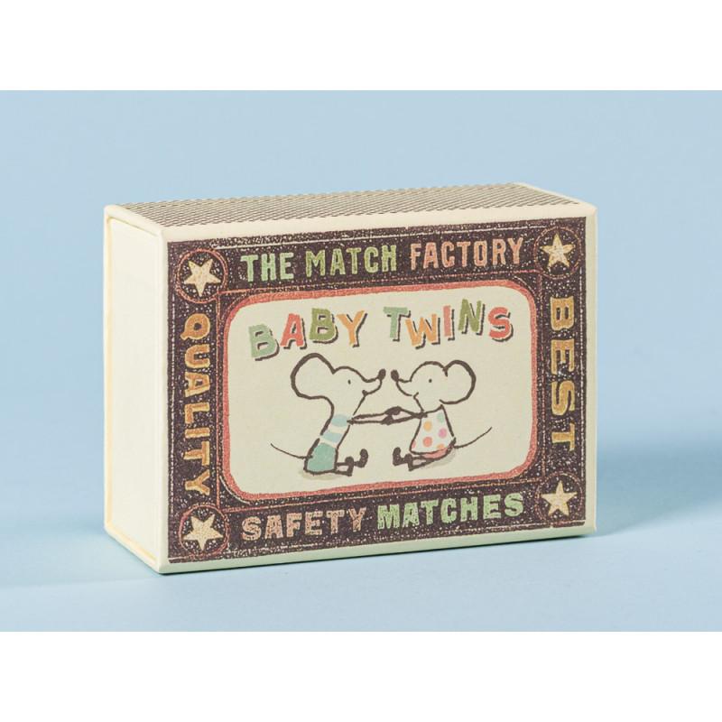 Maileg Streichholzschachtel für Maus Zwillinge in Box mit gelb gestreifter Decke Größe 8 cm