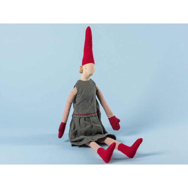 Maileg Wichtel Marie Medium Pixy Mädchen im grauen Kleid mit roter Stickerei Kuscheltier Weihnachtsdekoration 50 cm