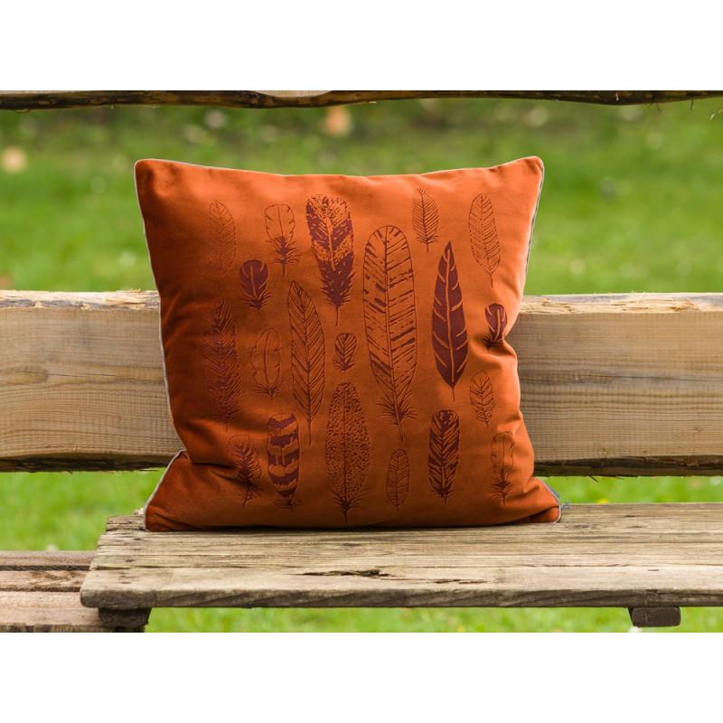 orangene kissenh lle mit federn pad concept bei uns erh ltlich. Black Bedroom Furniture Sets. Home Design Ideas