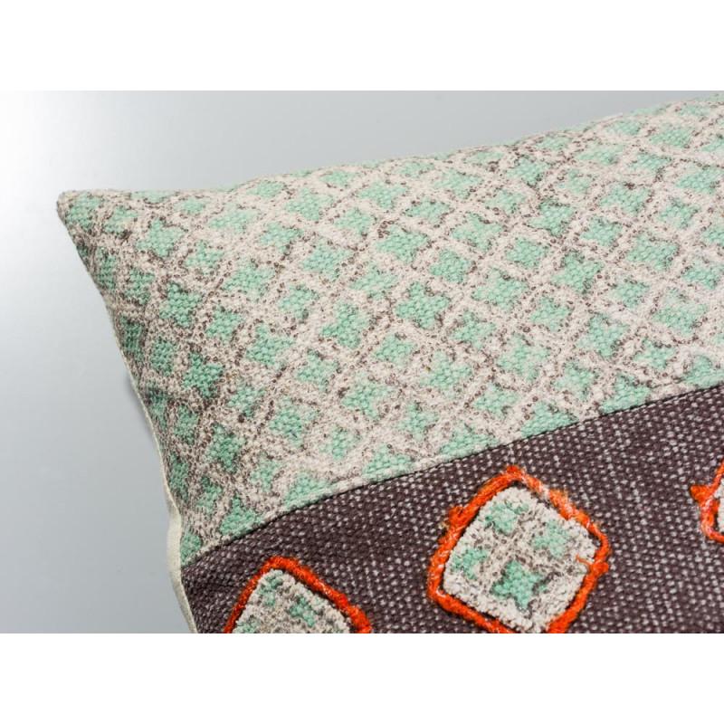 winnetou kissenbezug mit verzierungen pad concept hier. Black Bedroom Furniture Sets. Home Design Ideas