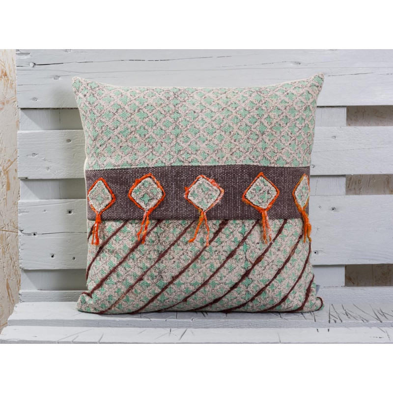 winnetou kissenbezug mit verzierungen pad concept hier kaufen. Black Bedroom Furniture Sets. Home Design Ideas