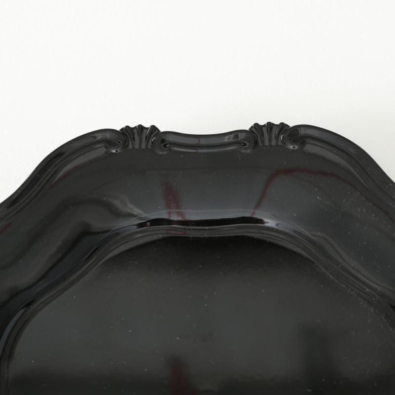 Platzteller Vintage Kunststoff Schwarz 34 cm Durchmesser Deko Tablett Farbe und verzierter Tellerrand im Detail