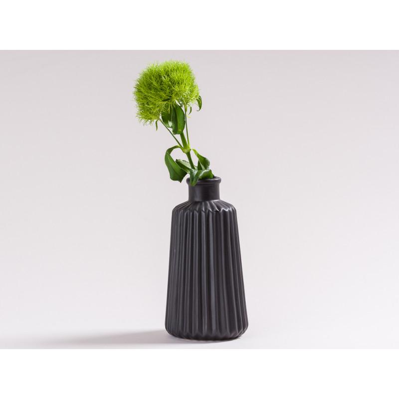 blumenvase marit keramik schwarz jetzt hier bestellen. Black Bedroom Furniture Sets. Home Design Ideas