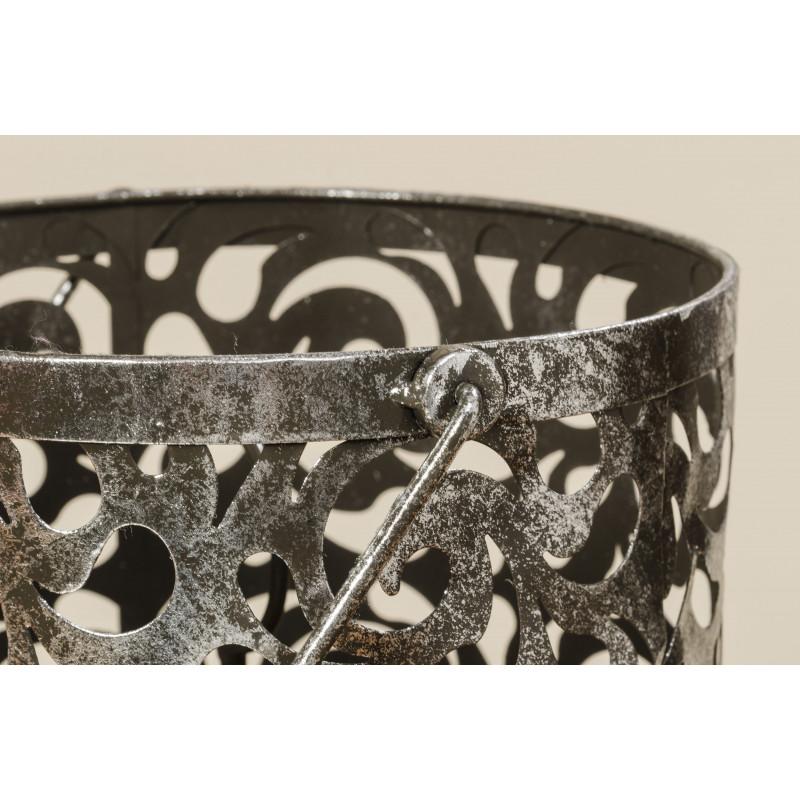 Windlicht Laterne Cahaja Antik silber aus Metall Hochzeitsdeko Weihnachtsdeko florales Muster und Henkel im Detail