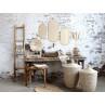 Chic Antique Korb Seegras mit Deckel als Wäschekorb an Tisch mit Spiegeln