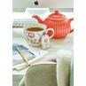 Greengate SIENNA Tee Ei aus Metall Gold mit Kette und Anhänger aus Kunststoff mit Blume mit Alice Teekanne Koralle