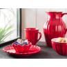 IB Laursen Mynte Geschirr Teller Kuchenteller mit Muffinform Becher mit Rillen Müslischale und Kanne 1,7 l aus Keramik Strawberry Rot