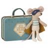 Maileg Maus Superheld kleiner Bruder im Koffer 10 cm groß