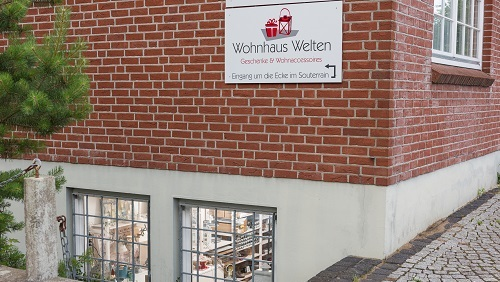 Wohnaccessoires geschenke wohnhaus welten showroom laterne vintage etagere