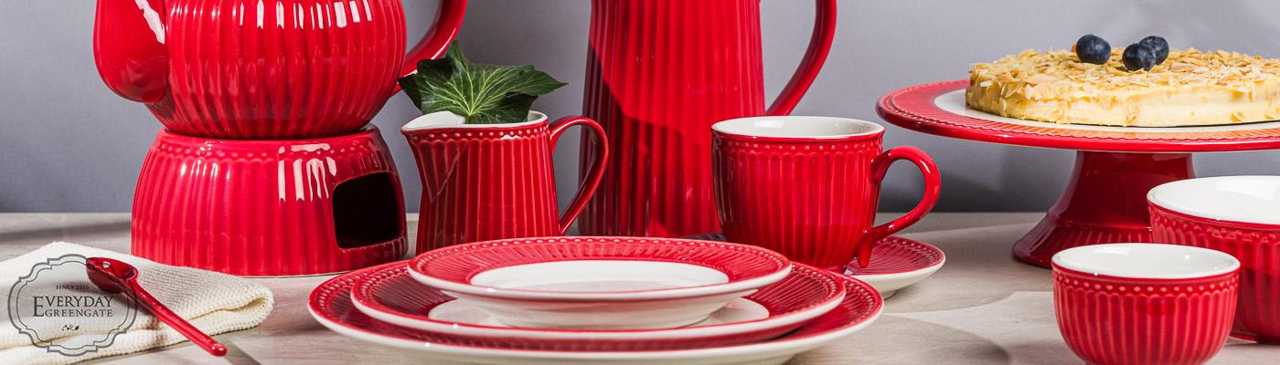 Greengate Shop - Everyday Geschirr Alice in Rot mit Teller Becher Schalen Tortenplatte Milchkanne Krug und Teekanne - eine warme Farbe für kalte Tage
